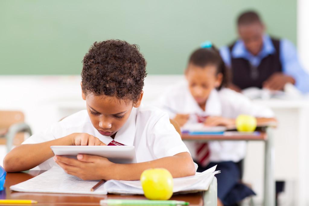 Alumnos y Profesores en la Smart School