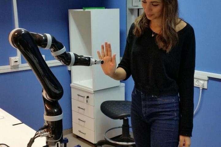 robots para terapias con pacientes