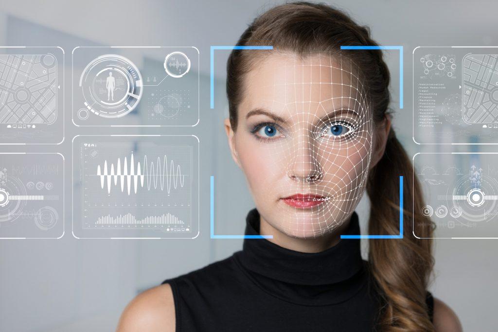 Reconocimiento facial contra vídeos Deep Fake
