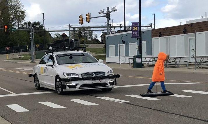 La prueba Mcity ABC podría ser un modelo para la prueba de seguridad estandarizada y ayudar a construir y mantener la confianza del público en los vehículos autónomos.
